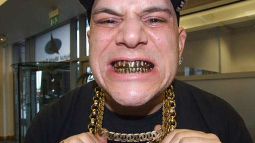 [Image: 7000-gold-teeth-dj-talent-showcase-on-br...alent.jpeg]