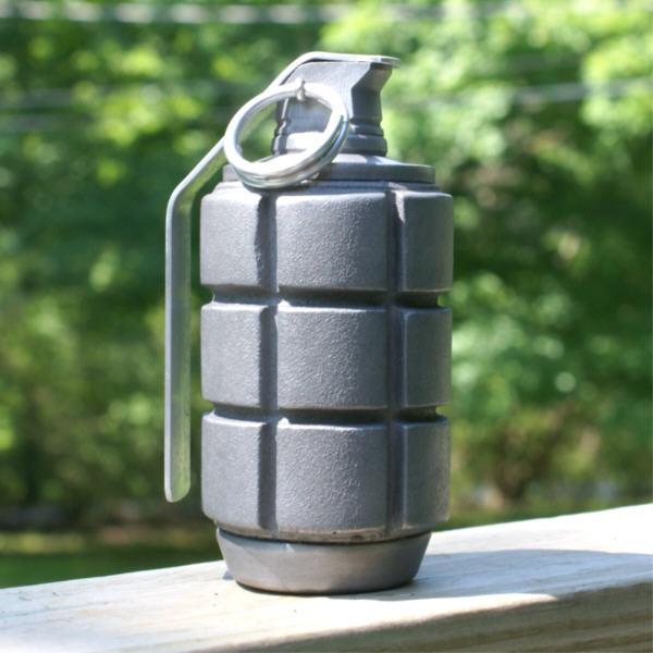 warhammer_40k_frag_grenade_by_matsucorp-d3ao6df