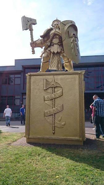 sigmar-statue