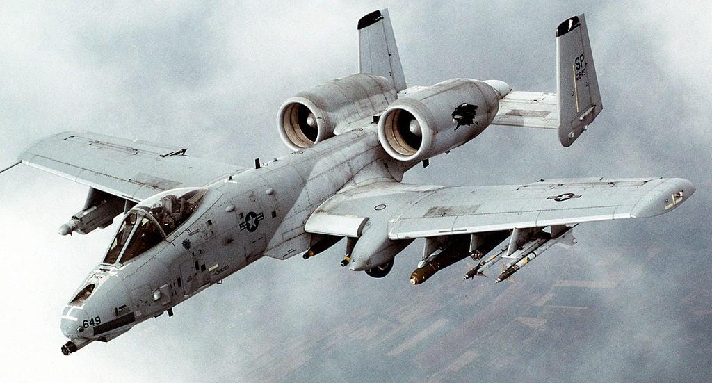 A-10_Thunderbolt_II_