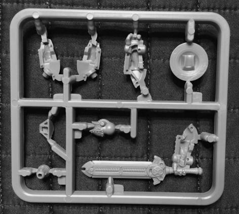 Warmachine Cygnar Reliant Unboxing 008