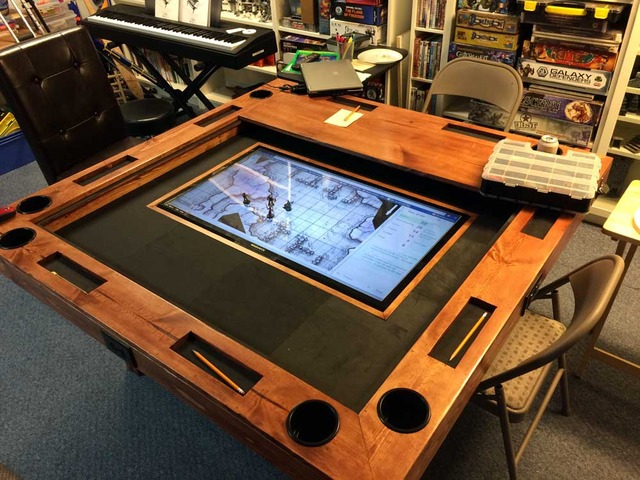 monitor game table