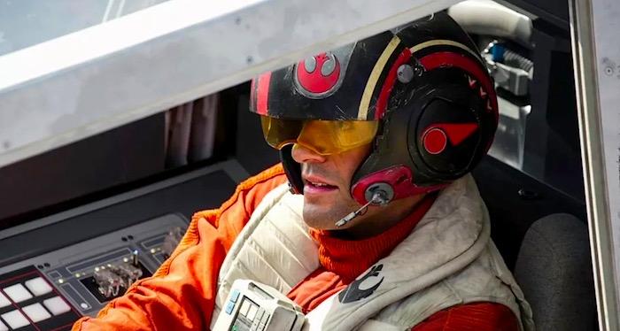 poe-x-wing-cockpit-horz