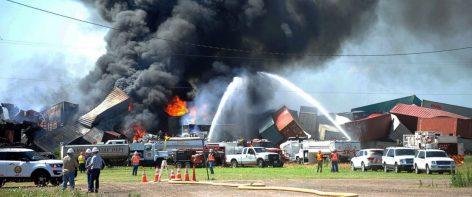 AP_Train_Collision_Texas_er_160629_12x5_1600