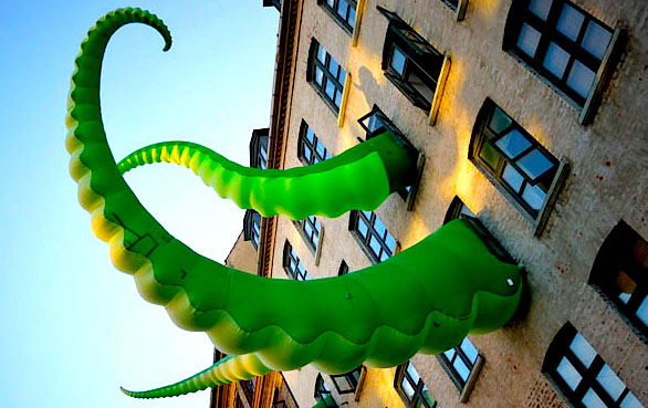 tentacle-horz