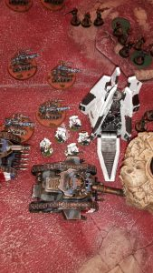 white-marines-v-robots