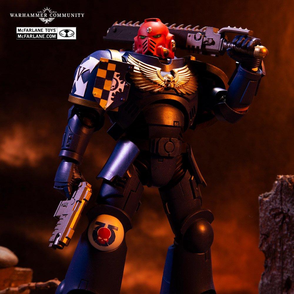 Action figure warhammer 40k space marine-mcfarlane preco